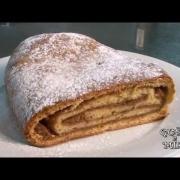 Štrudel od jabuk - desert (Domaća kuhinja Istre i Kvarnera)